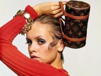 Lịch sử của túi xách Louis Vuitton, từ Speedy đến Alma